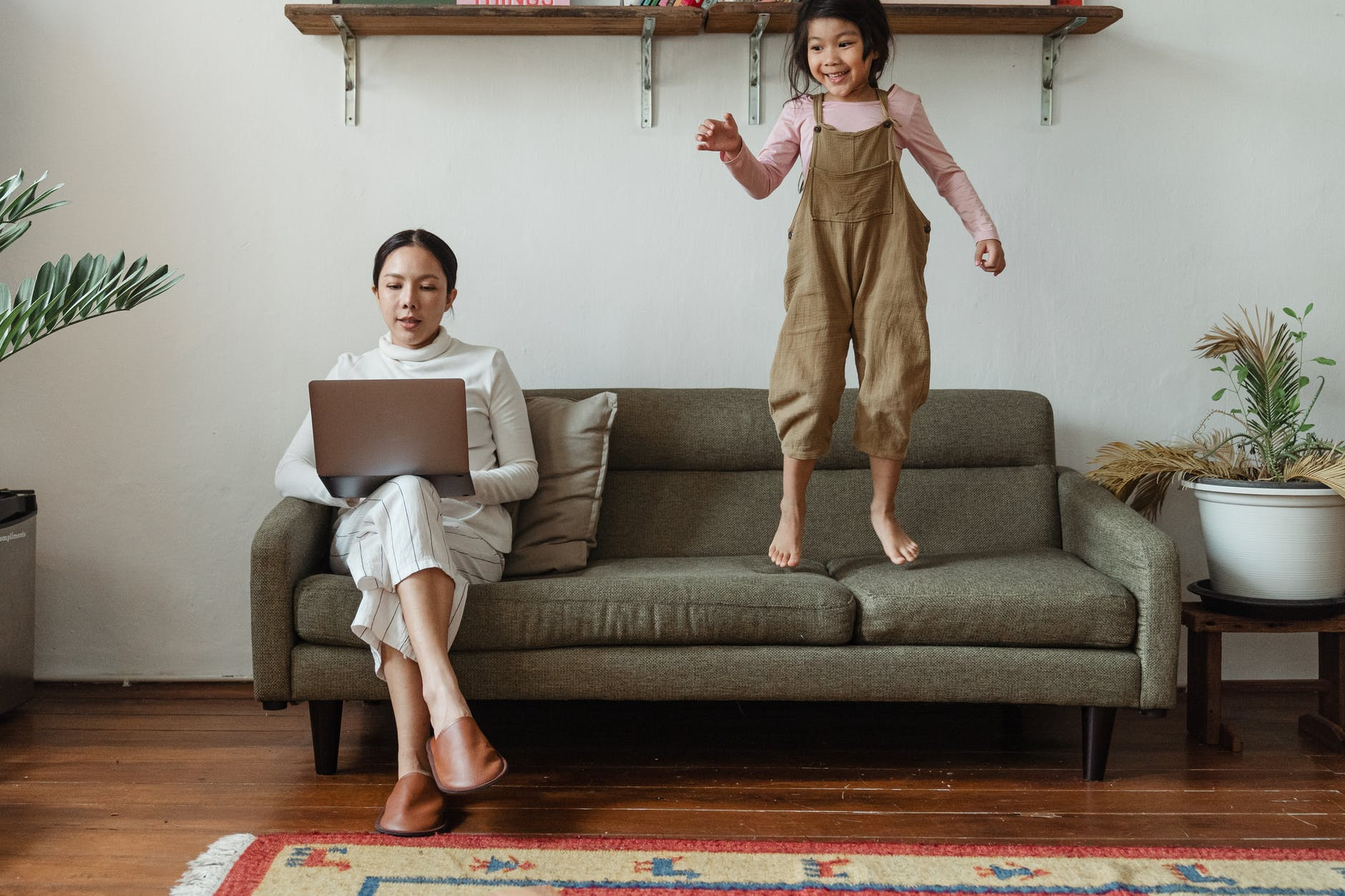 como começar um negócio online trabalhando em casa